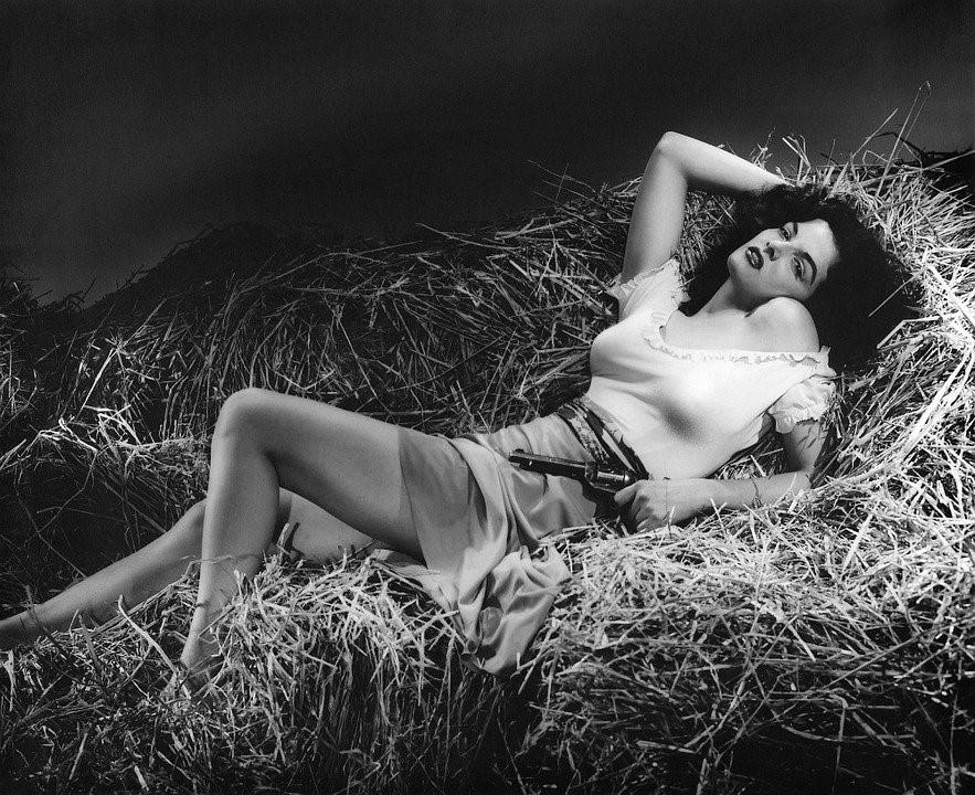 Jane Russell, Star, Actress, Woman, Person, Gun
